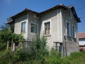 An old rural house located in a village 15 km away from Vratza,Bulgaria