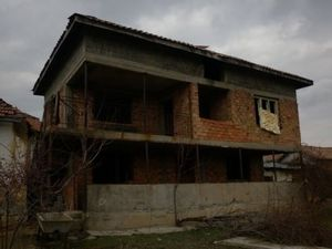 Big rural property situated in a peaceful village near forest and hills 25 km away from the town of Vratza