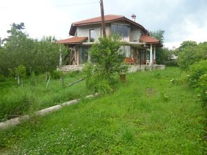 Big & spacious country house located 10 km from golf course