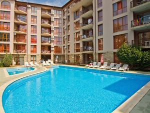 Stylish apartments in a complex, 500 m from Cacao beach