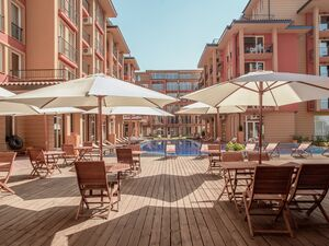 Sunny View Central, Stylish apartments in a holiday complex