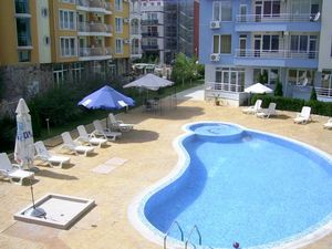 Pool view furnished 2-bedroom apartment in Laguna 3