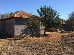 SOLD!!! Stone house with huge yard 5 miles from the sea