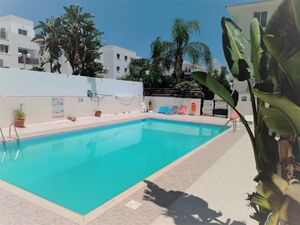 Apartment 3 Bedrooms with Communal swimming Pool in Larnaca