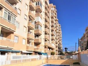 ID4299 Apartment 2 bed Central Torrevieja Costa Blanca