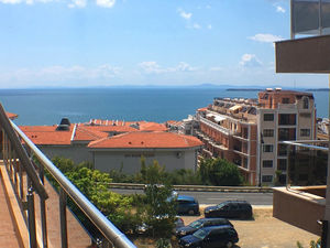 Sea view furnished studio in Sveti Vlas, 500m. to the Beach