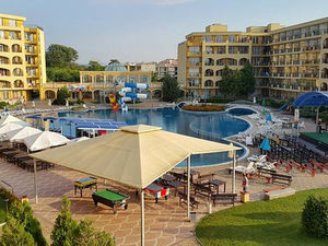Studio with pool and SEA view in Midia Grand Resort