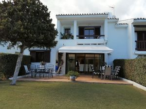 Large Sought After Townhouse in La Loma