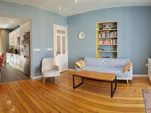 SPACIOUS APARTMENT IN THE HISTORY CENTER OF VARNA