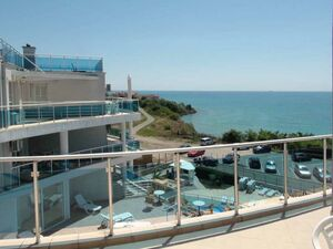 2 BED sea front apartment, 125 sq.m. with splendid views!