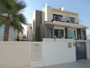 Modern 3 bedroom property in Benijofar
