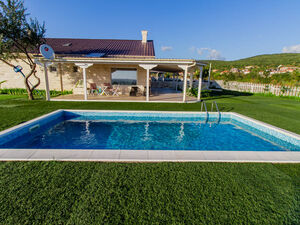 The Dreamed Home is here, only 6 km from Sunny Beach