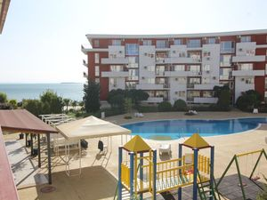 Sea and Pool view 1-Bedroom Apartment in Marina Fort