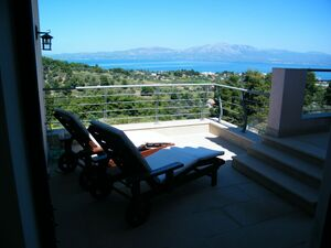 In 7500m2 Yard SeaSide Furnished 500m2 Mansion in Athens
