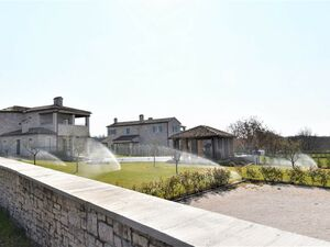 New stone villa for sale with pool, Tinjan