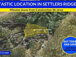 FANTASTIC LOCATION in Settlers Ridge - Waynesville, NC 28785