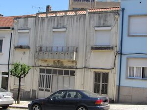 House to recover in the center of Braga (2806)