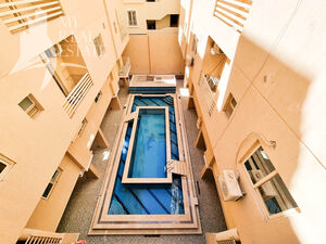 Pool view 2 bedroom apartment in Magic View