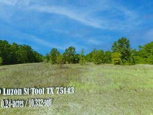 Breath taking view, Wooded Lot in Paradise Bay!