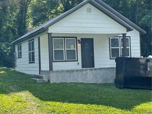 Spacious 3 bed 2 baths home for rent in Rossville