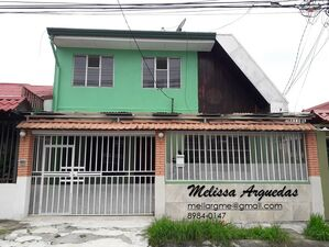 For RENT - SPACIOUS house with excellent location