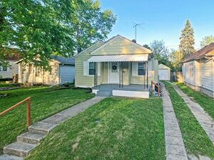 Beautiful 2 Bedrooms 1 bath home for sale in Indianapolis