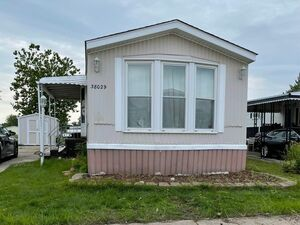 Lovely 2 beds 1 bath mobile home for sale in Clinton