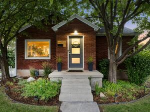 Beautiful 3 beds 2 baths home for rent in Salt Lake City