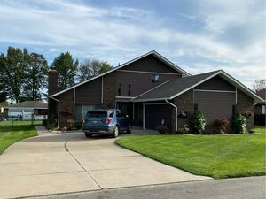 Spacious 3 bed 2 baths home for rent in Clay