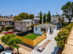 Beautiful 2 beds 1 bath home for rent in San Diego
