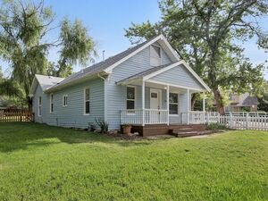Beautiful 3 beds 2 baths house for rent in Longmont