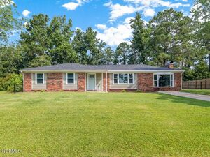 Spacious 3 bed 2 baths home for rent in Jacksonville