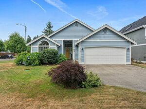 Lovely 3 Bedroom 2 Bath house for rent in Lacey
