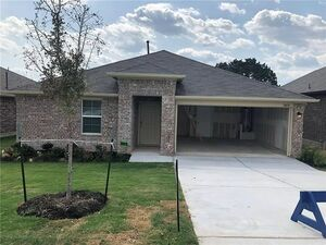 Spacious 3 bed 2 baths home for rent in Austin