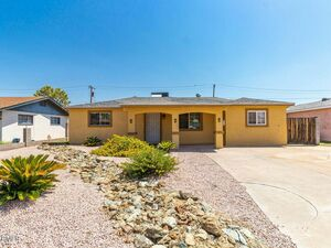 Awesome 3 beds 1 bath house for rent in Phoenix