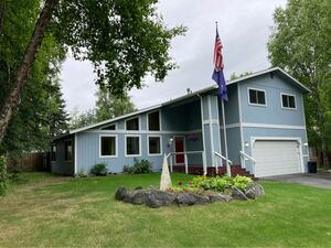 Awesome 4 beds 3 baths home for rent in Anchorage
