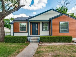 Lovely 3 beds 2 baths House for rent in Dallas