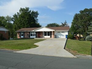 Beautiful 3 beds 1 bath house for rent in Stephens City