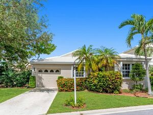 Beautiful 2 beds 2 baths house for rent in Plantation