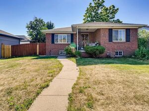 Amazing 2 beds 1 bath house for rent in Denver