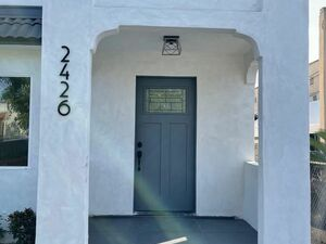 Beautiful 3 beds 2 baths house for rent in Los Angeles