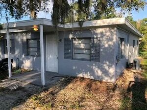 2 beds  &  1 bath for rent at .. 617 Plateau Ave Lakeland