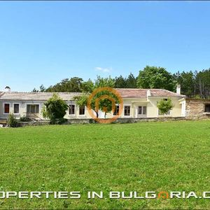 Spacious country house perfect for winetasting & eco-tourism