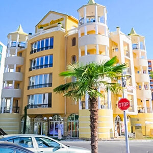 1-bedroom apartment near the beach in Victoria Residence