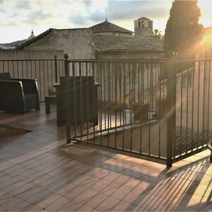 ARABIC DUPLEX PENTHOUSE IN PALMA WITH ROOF TERRACE